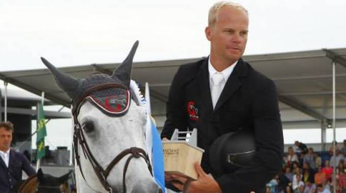 J r me guery wins the gp at csi5 knokke hippique for Dujardin jerome